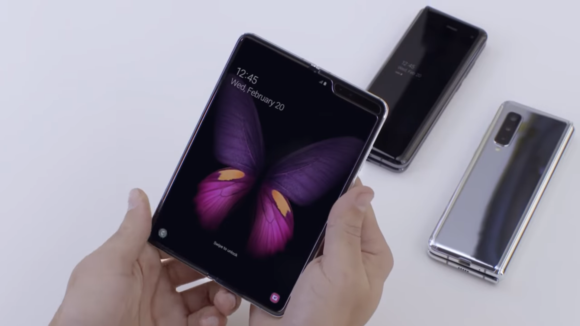 Galaxy fold from every angle!